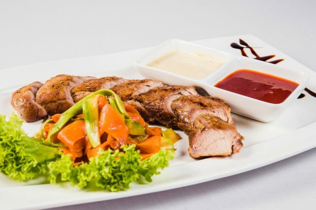 3.中華の王道鴨肉。ベトナムではまさかの1羽600円