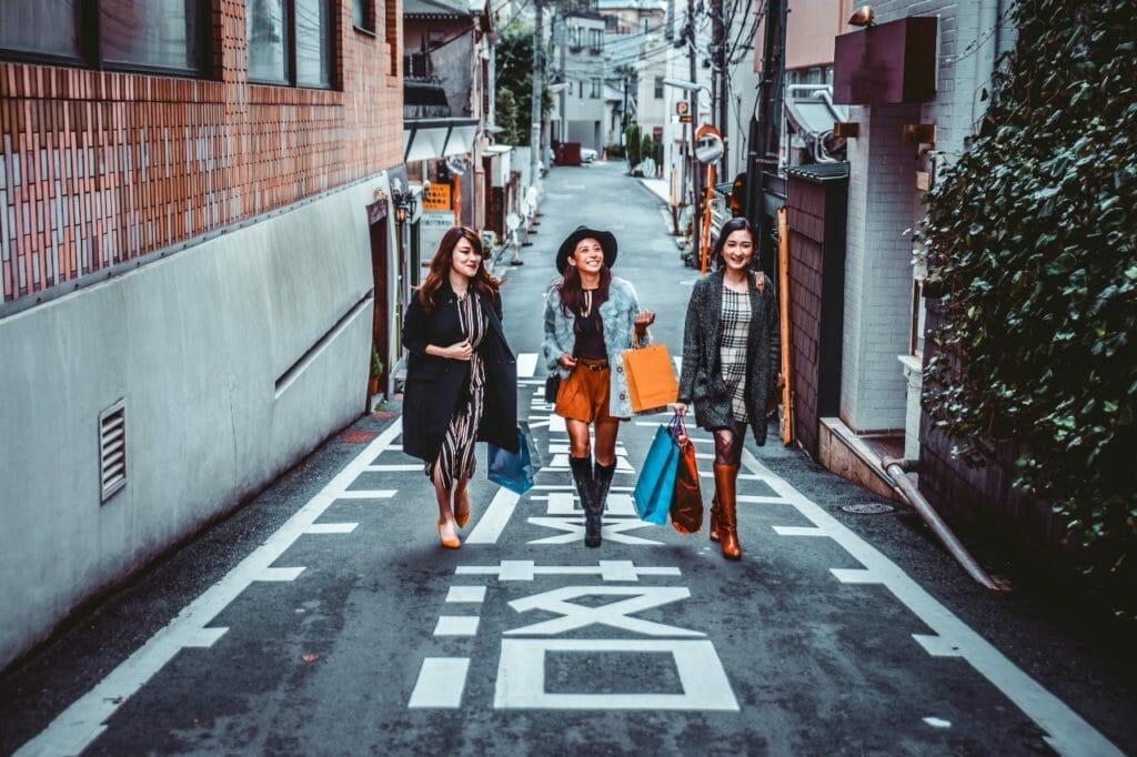 日本でシンプルライフは困難。たくさんの所有物に囲まれての生活に辟易