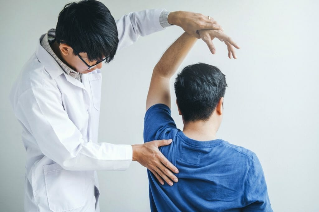 腕凝りの原因は腕ではなく鎖骨にあり!