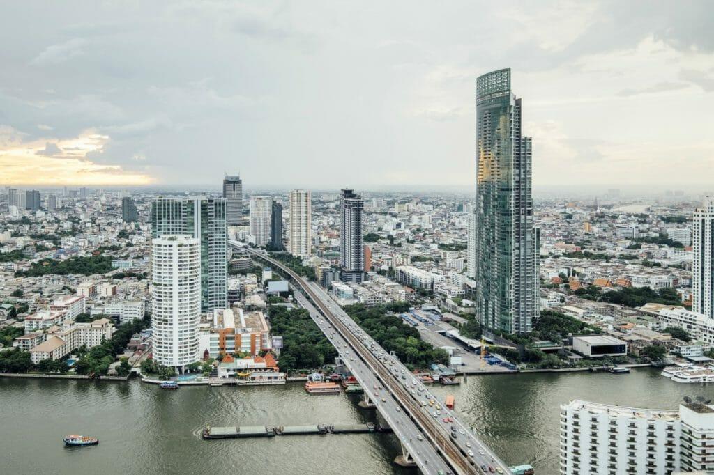 外国で口座を開くなら、東南アジアがおすすめの理由