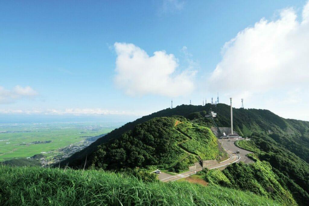 【北陸】最高の景色と海鮮グルメ!弥彦山と寺泊の週末ドライブコース