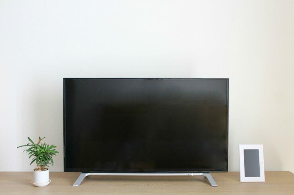 テレビは型落ちを探そう。非常に安く買える