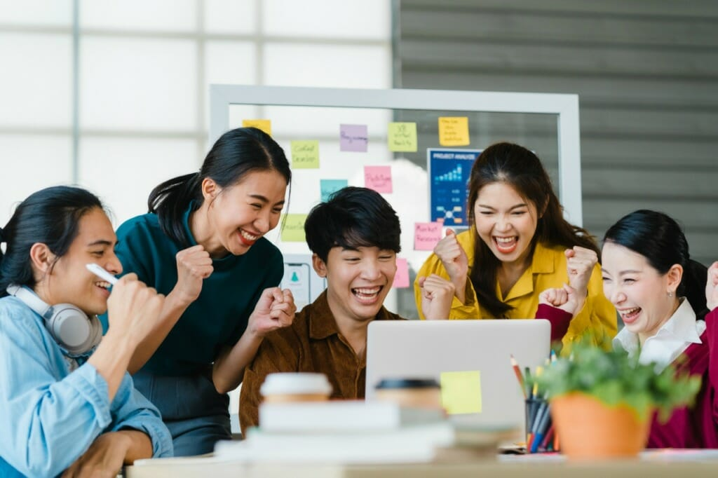 IT未経験者の転職は20~30代は比較的簡単!