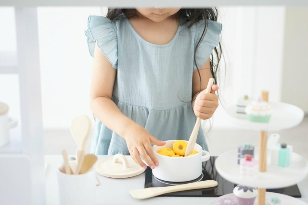 3歳向けおままごとキッチンセットが超人気!おすすめの理由